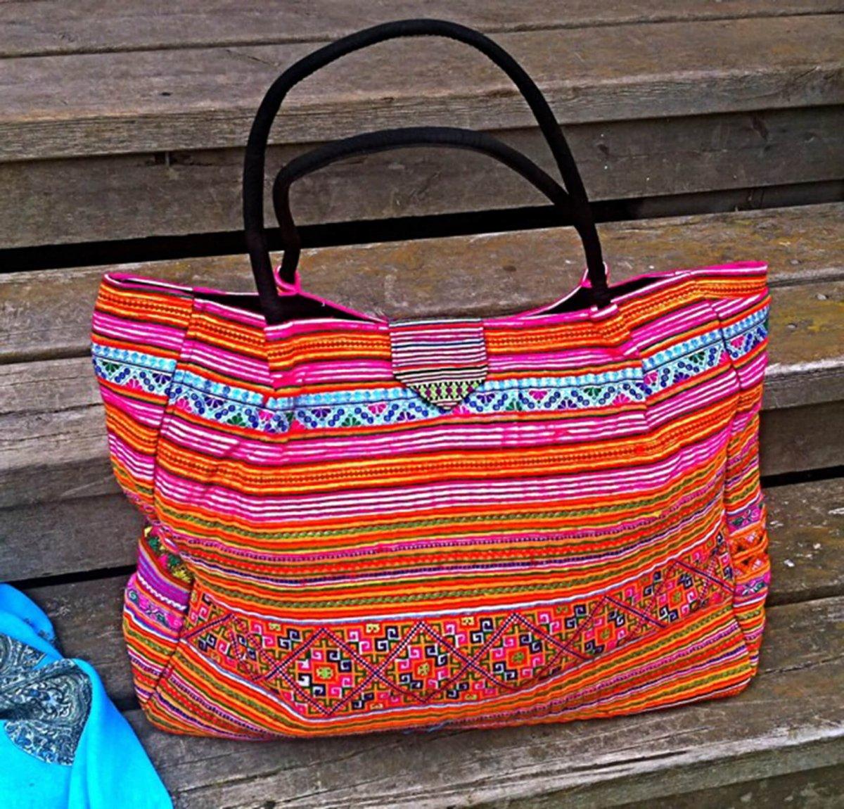 Handvävd unik väska